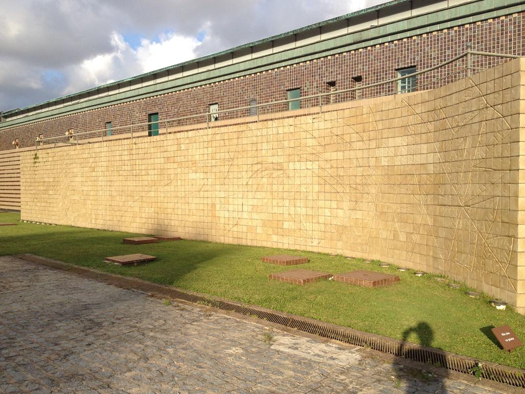 http://www.recifeartepublica.com.br/fotos/Oficina Brennand, desde 1971
